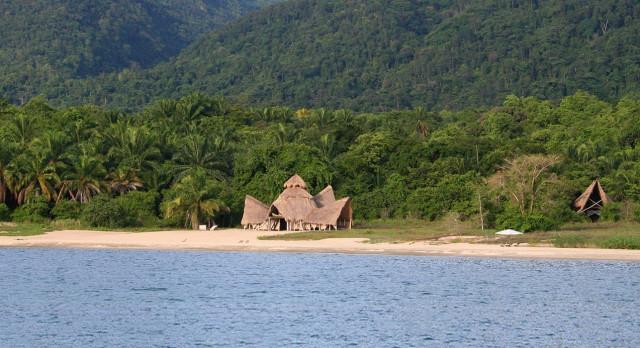 Mahale See im gleichnamigen Nationalpark