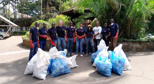 Das Enchanting Travels Team aus Nairobi bei Clean & Green Tag