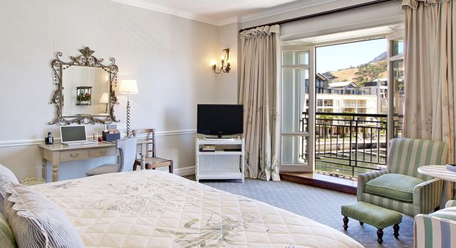Luxury bedroom at hotel Cape Grace, Cape Town, South Africa