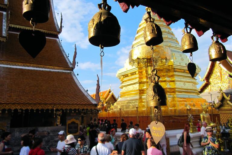 Goldener Tempel Wat Phra That Doi Suthep in Chiang Mai, Thailand