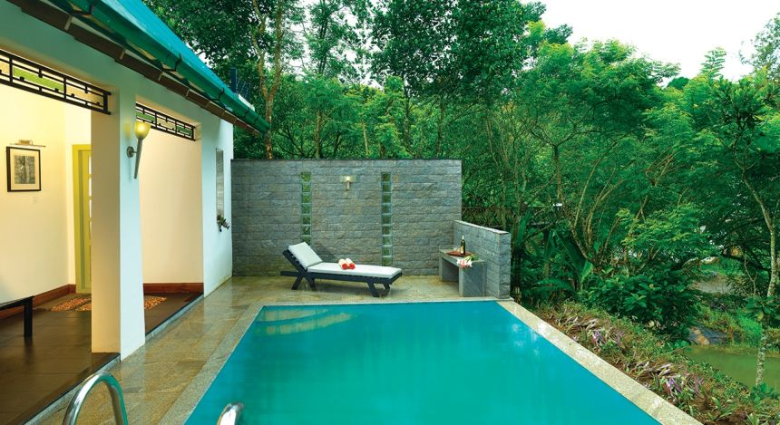 Enchanting Travels - South India Tours - Tekkady - Aanavilasam Luxury Plantation - Spa/Pool