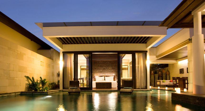 Gartenvilla mit Pool im Seminyak Beach Resort