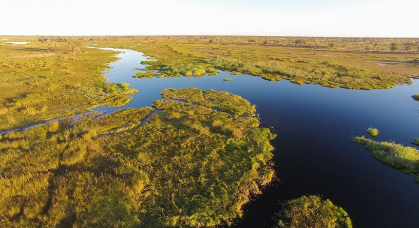 Flüsse und Überschwemmungsgebiet des Deltas