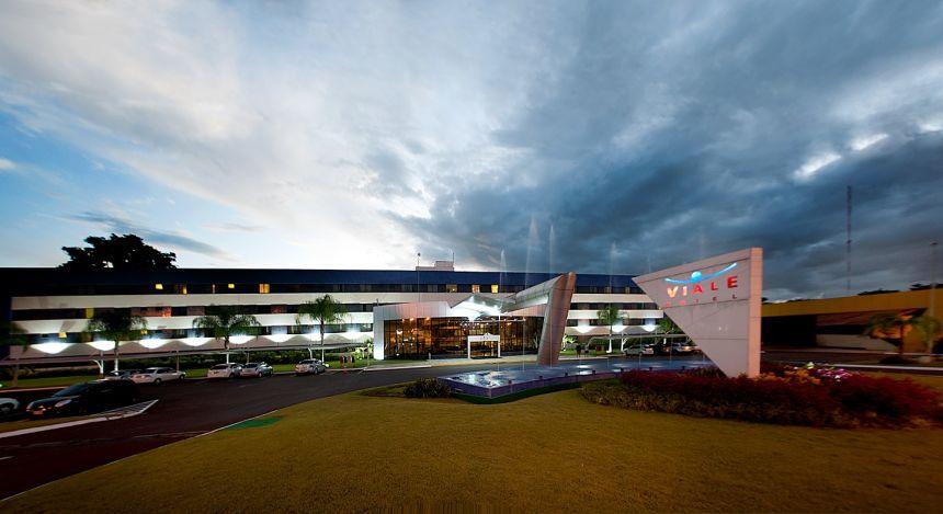 south-america-brazil-hotel-foz-do-iguacu-viale-cataratas-exterior