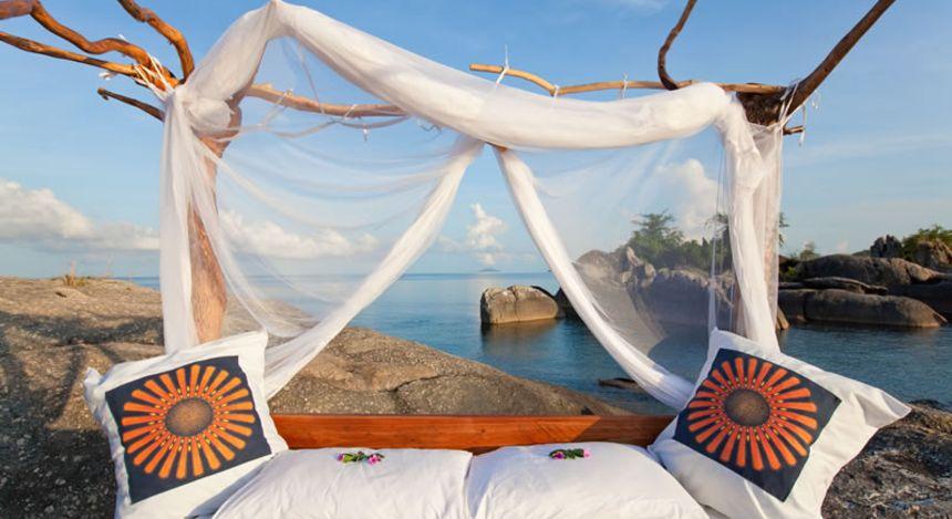 Star bed by the lakeshore at Nkwichi, Lake Malawi