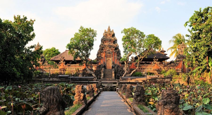 Ubud Sehenswürdigkeiten: Pura Saraswati Tempel