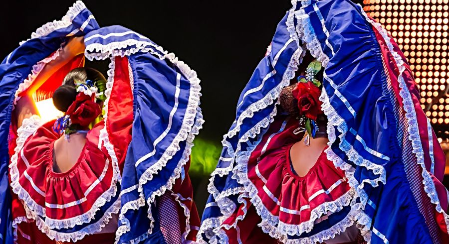 Costa Rican dancers in traditional costume.