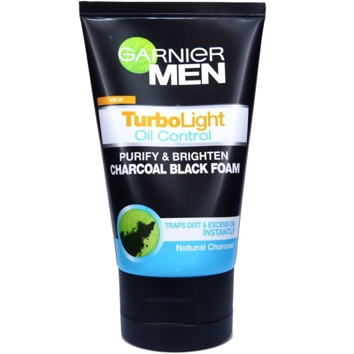 Garnier Turbolight Oil Control Charcoal Black Foam
