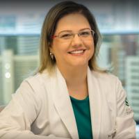 Dra. Danielle Menezes