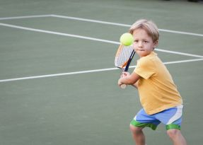 Junior_mini_tennis_2.jpg