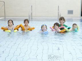 Swim_Lessons_EDIT_FOR_WEBSITE.jpg