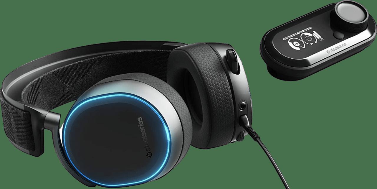 Black SteelSeries Arctis Pro + GameDAC.3
