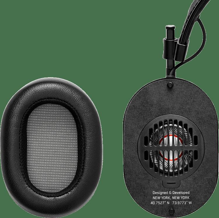 Gunmetal Master & dynamic MH40 HiFi Over-ear Bluetooth headphones.3