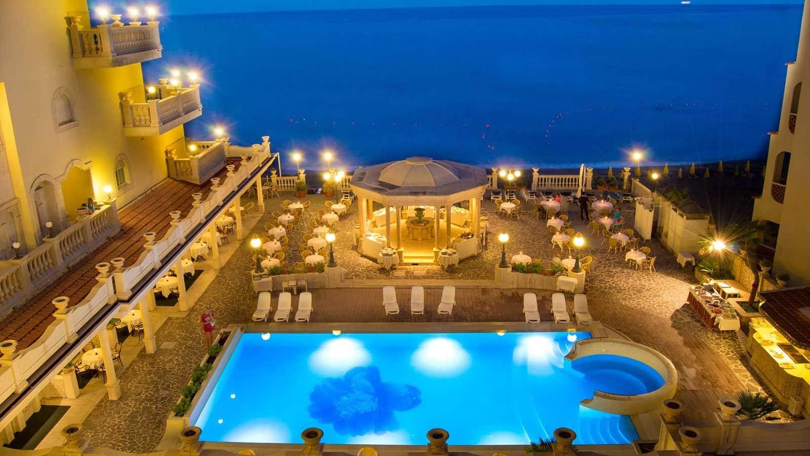 Hotel hellenia yachting giardini naxos sicily topflight - Hotel ai giardini naxos ...