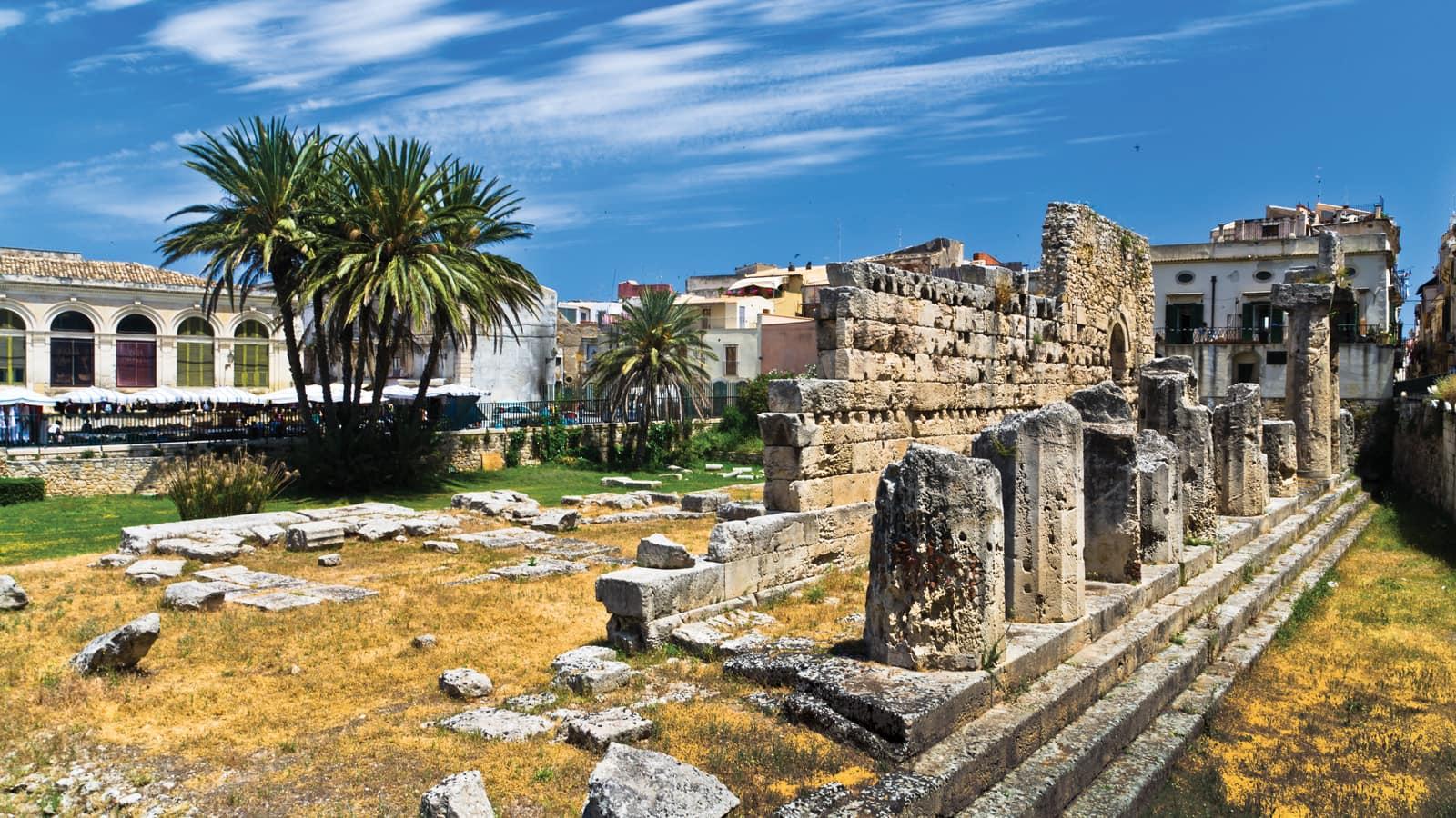 Sicily mount etna syracuse catania tour topflight - Hotel sabbie d oro giardini naxos ...