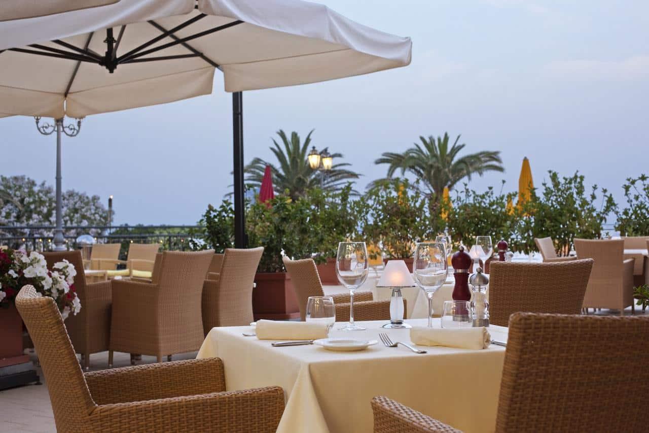 Hotel rg naxos giardini naxos sicily holidays for Design giardini
