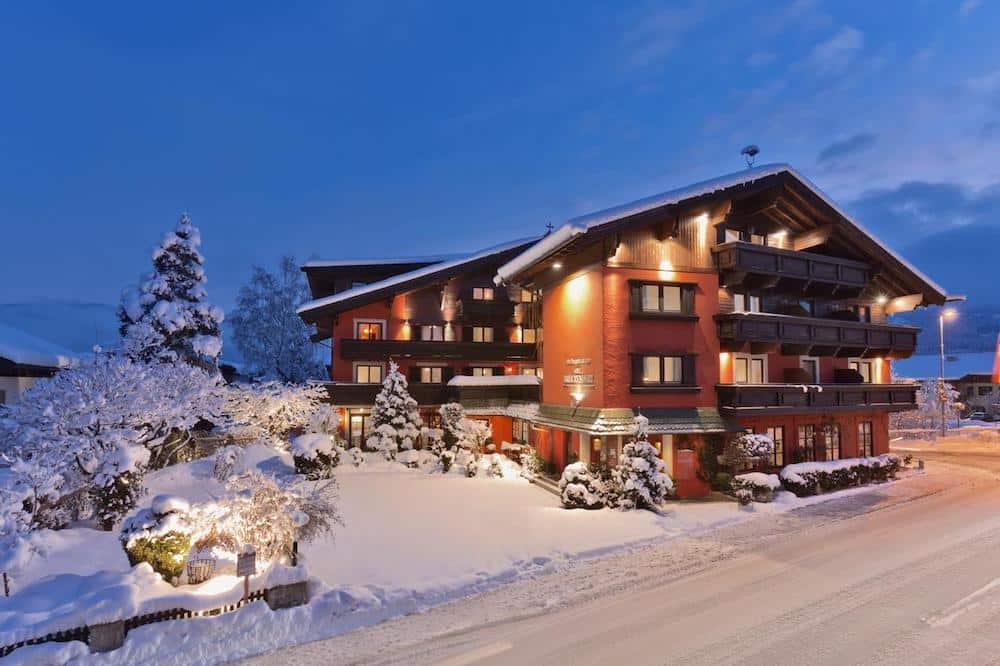 Hotel Bruckenwirt St Johann In Tirol