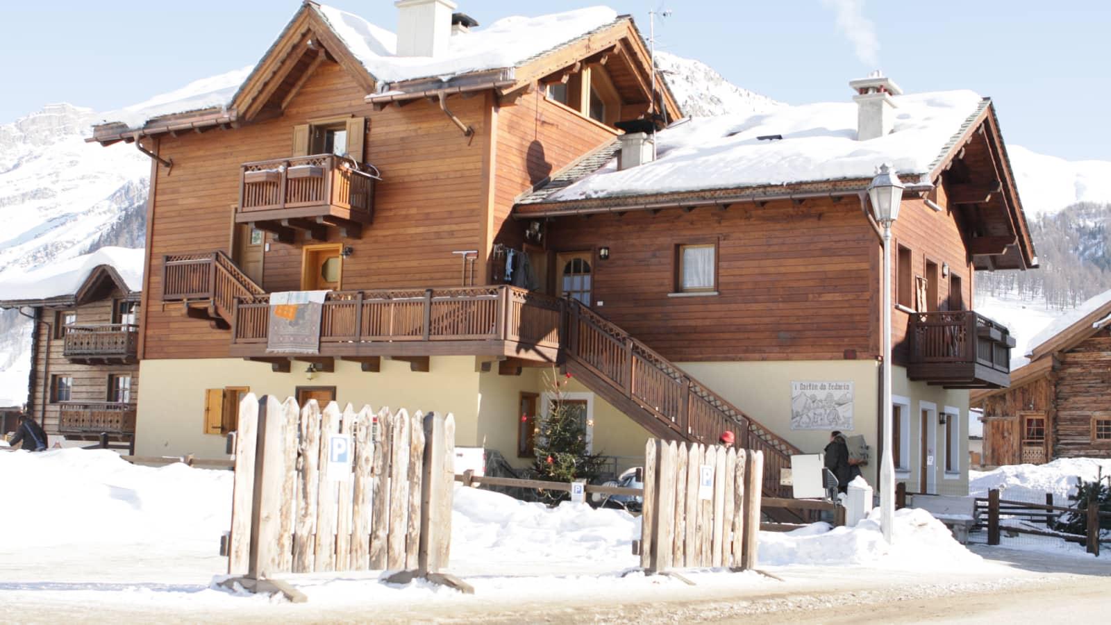 Ski Italy - Livigno - Livigno Ski Apartments Ski Holidays ...