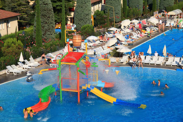 Bella Italia: Hotel Apartments,Peschiera