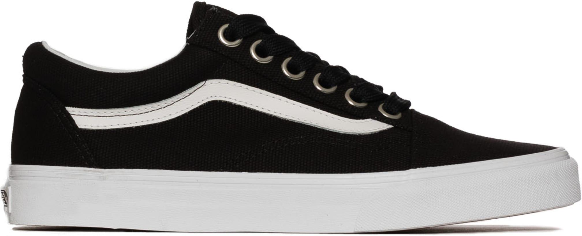 67e5255987ac Vans  Old Skool Oversize Lace - Black True White