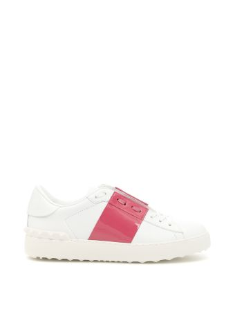 Open Sneakers With Patent Band