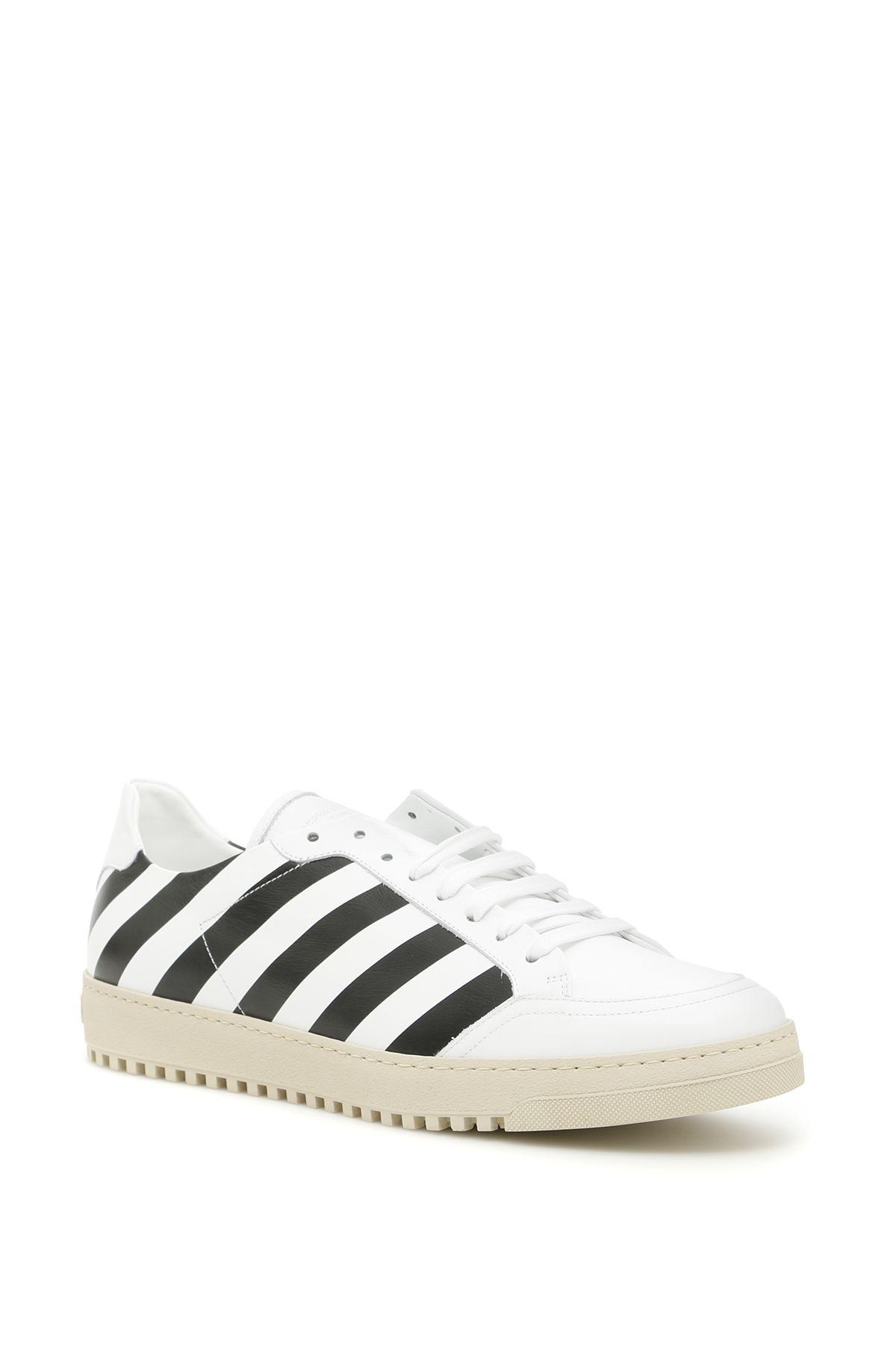 Diag Sneakers