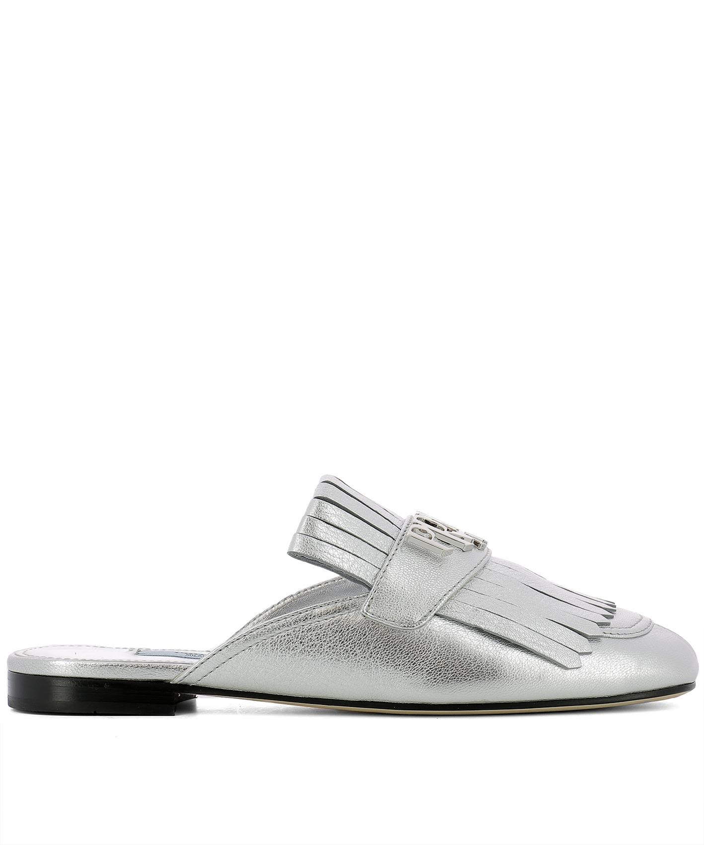 SILVER LEATHER SLIPPERS