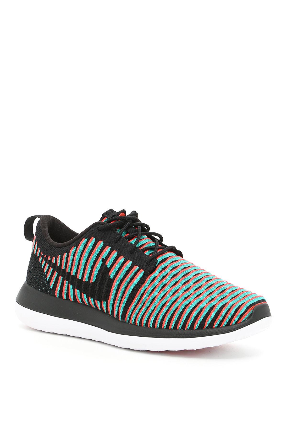 Nike Roshe Two Slyknit Sneakers
