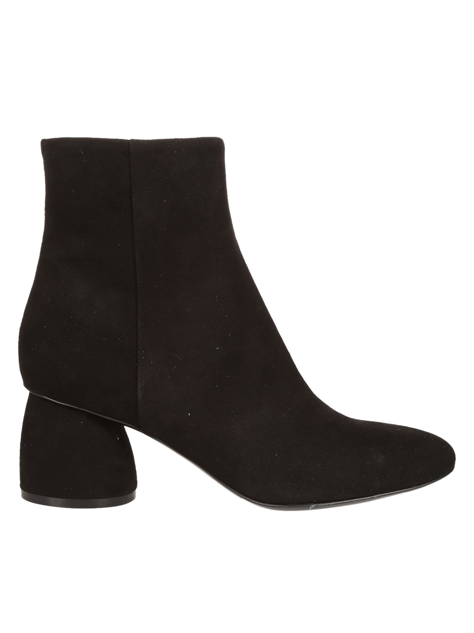 Strategia Classic Ankle Boots