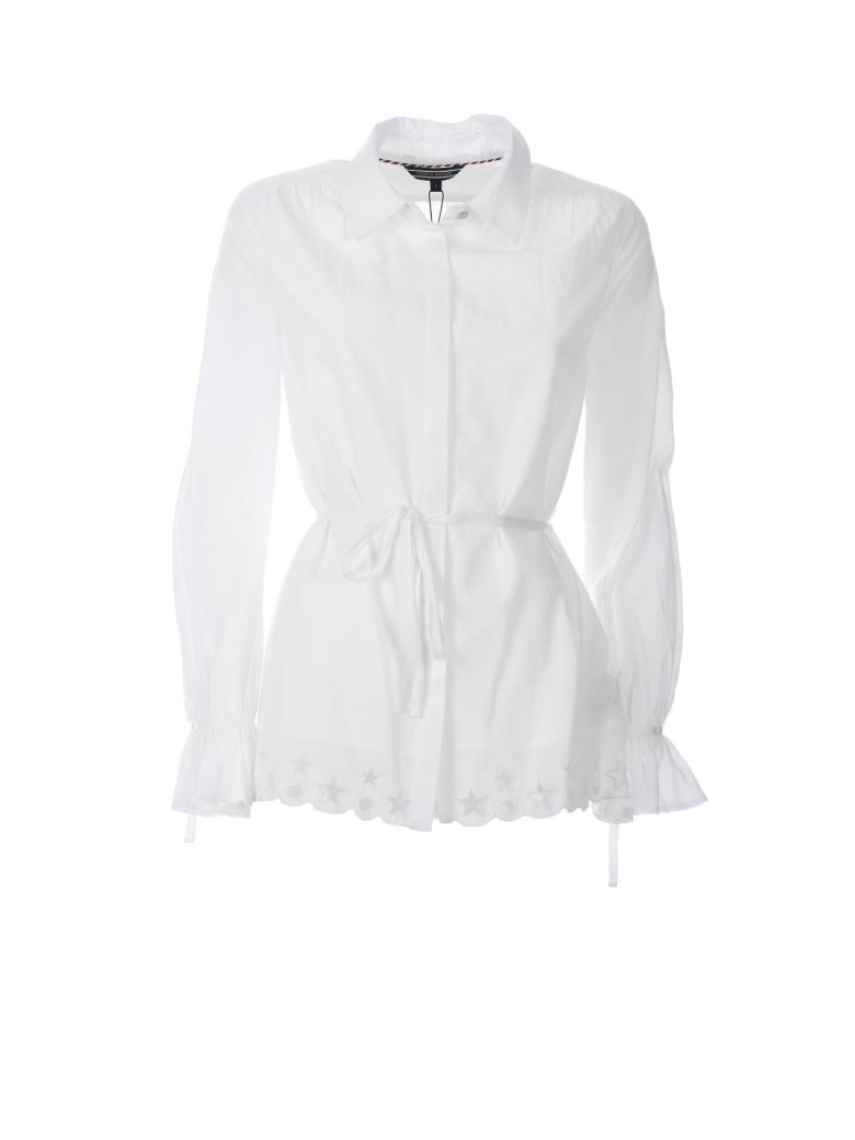 SCALLOPED BRODERIE BLOUSE