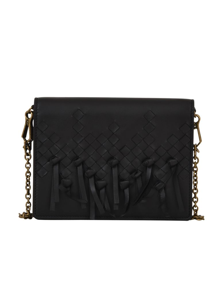 BLACK WALLET ON CHAIN