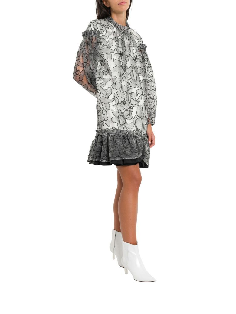 THREE FLOOR SHORT DRESS WITH FLORAL EMBROIDERIES