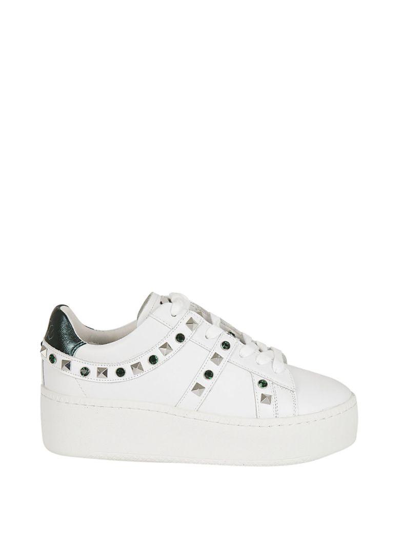 Studded Jewel Embellished Sneakers in White Emeraude