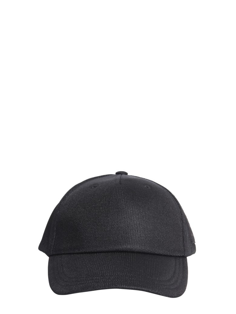 BADGE BASEBALL CAP