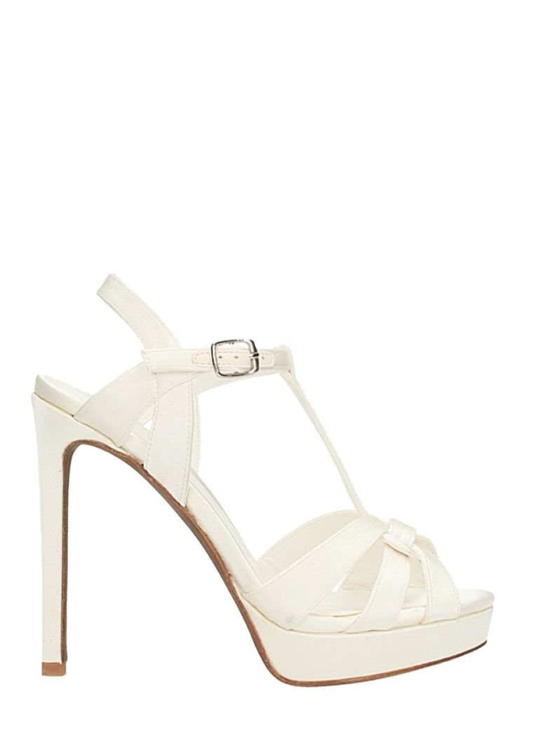 LOLA CRUZ SANDALS IN WHITE SATIN