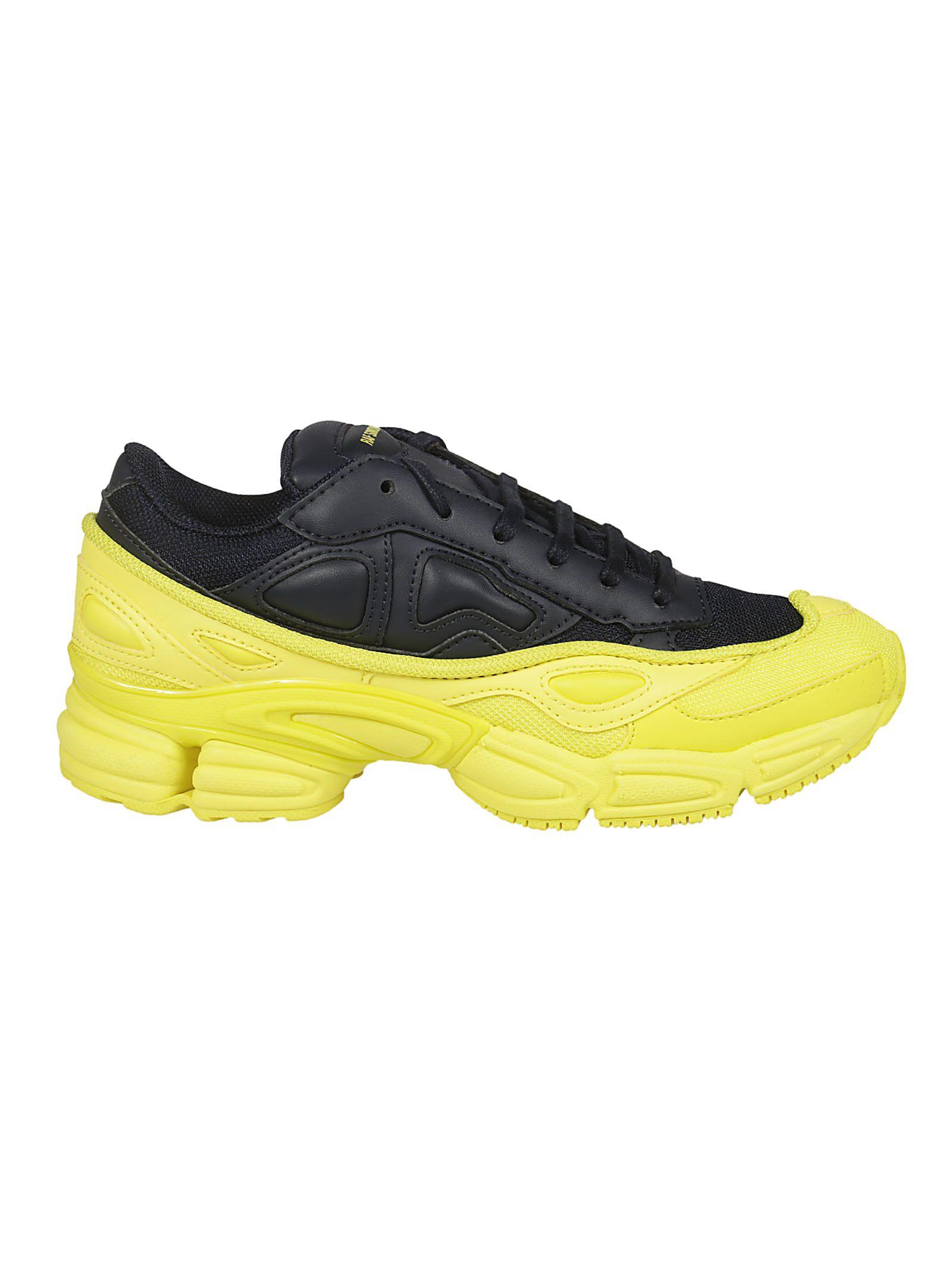 Ozweego Sneakers, Yellow/Navy