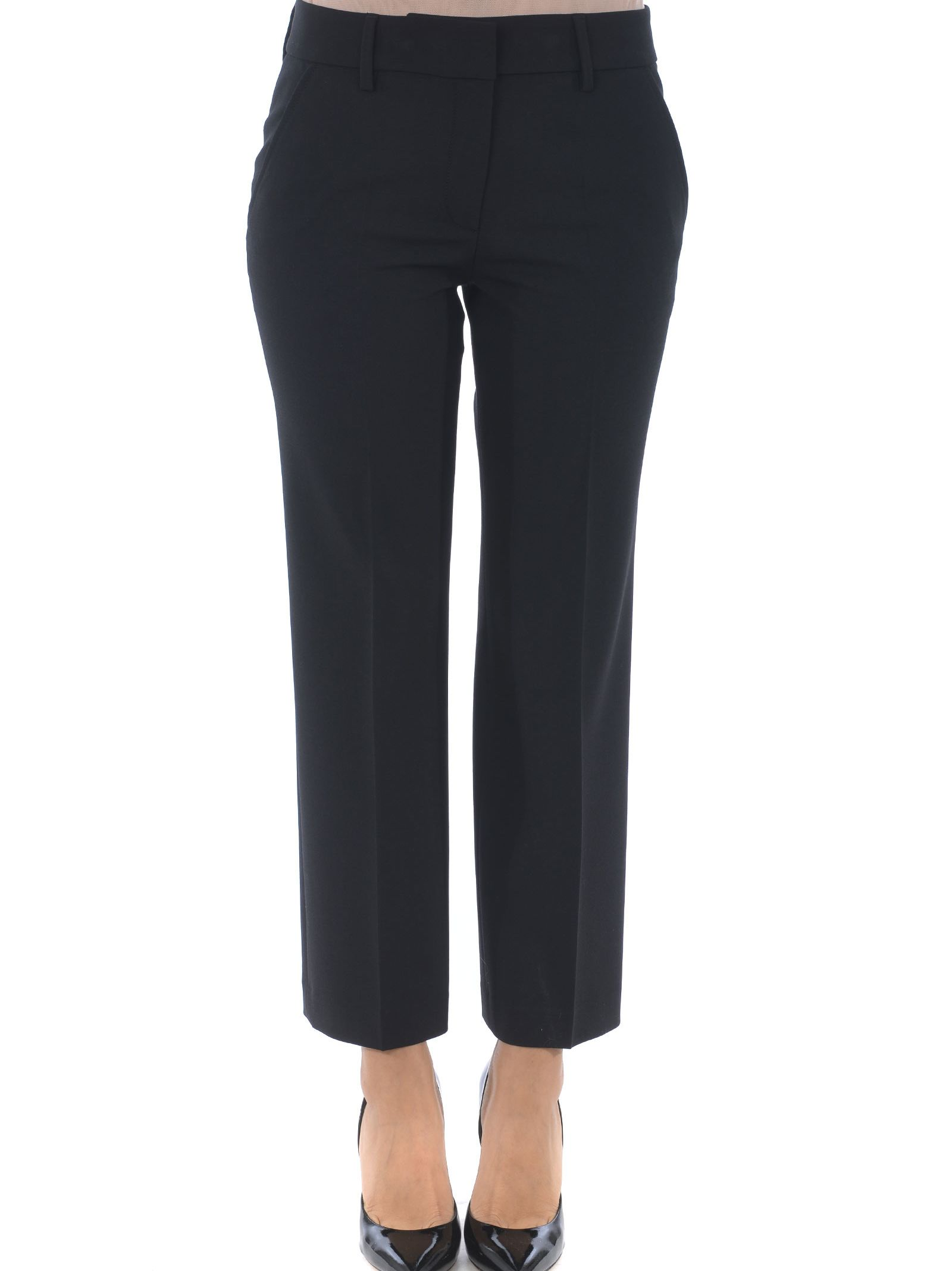 TRUE ROYAL Cropped Trousers in Nero