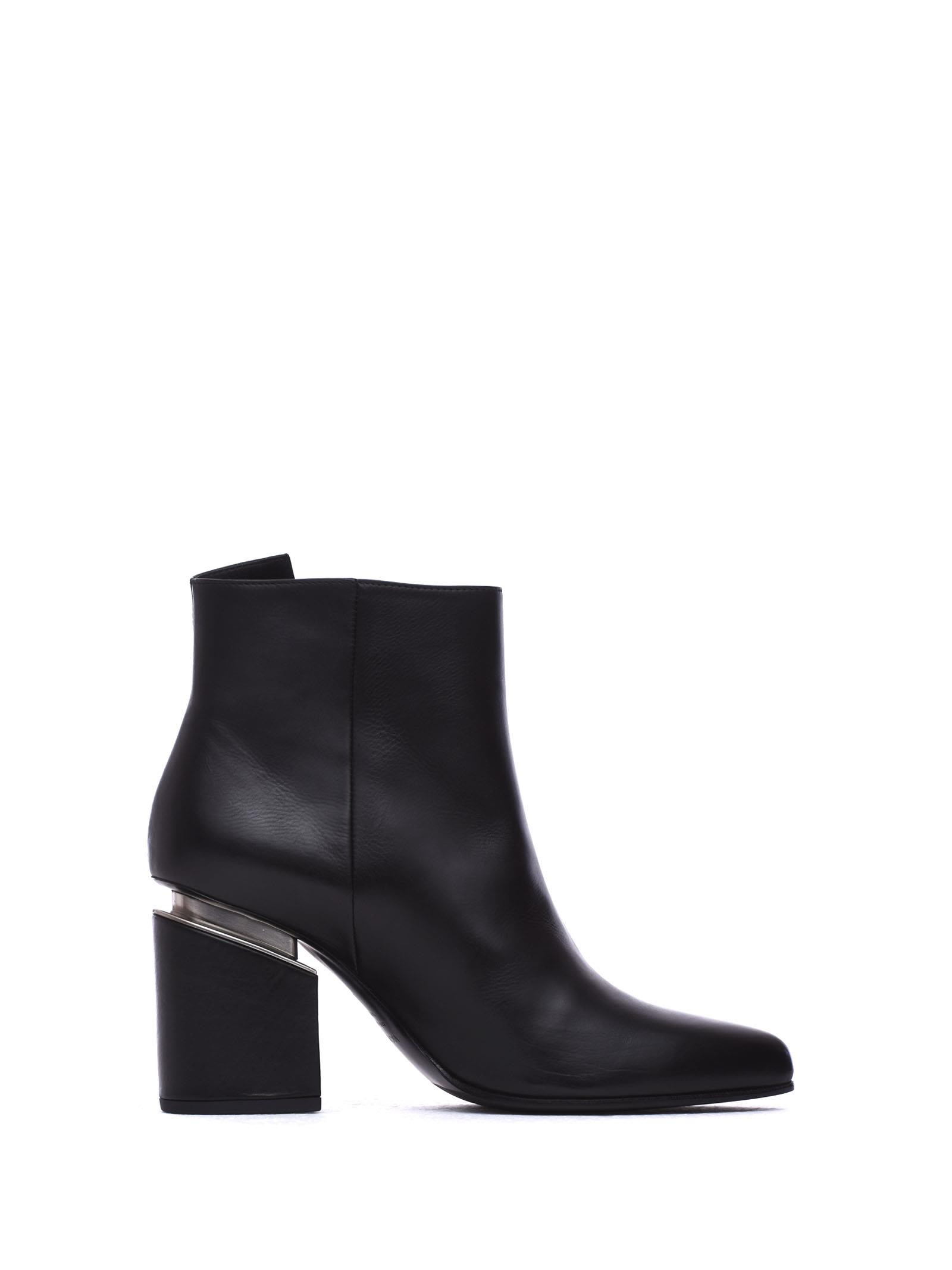 VIC MATIE Heeled Ankle Boots With Maxi Zip And Suspended Heel in Nero