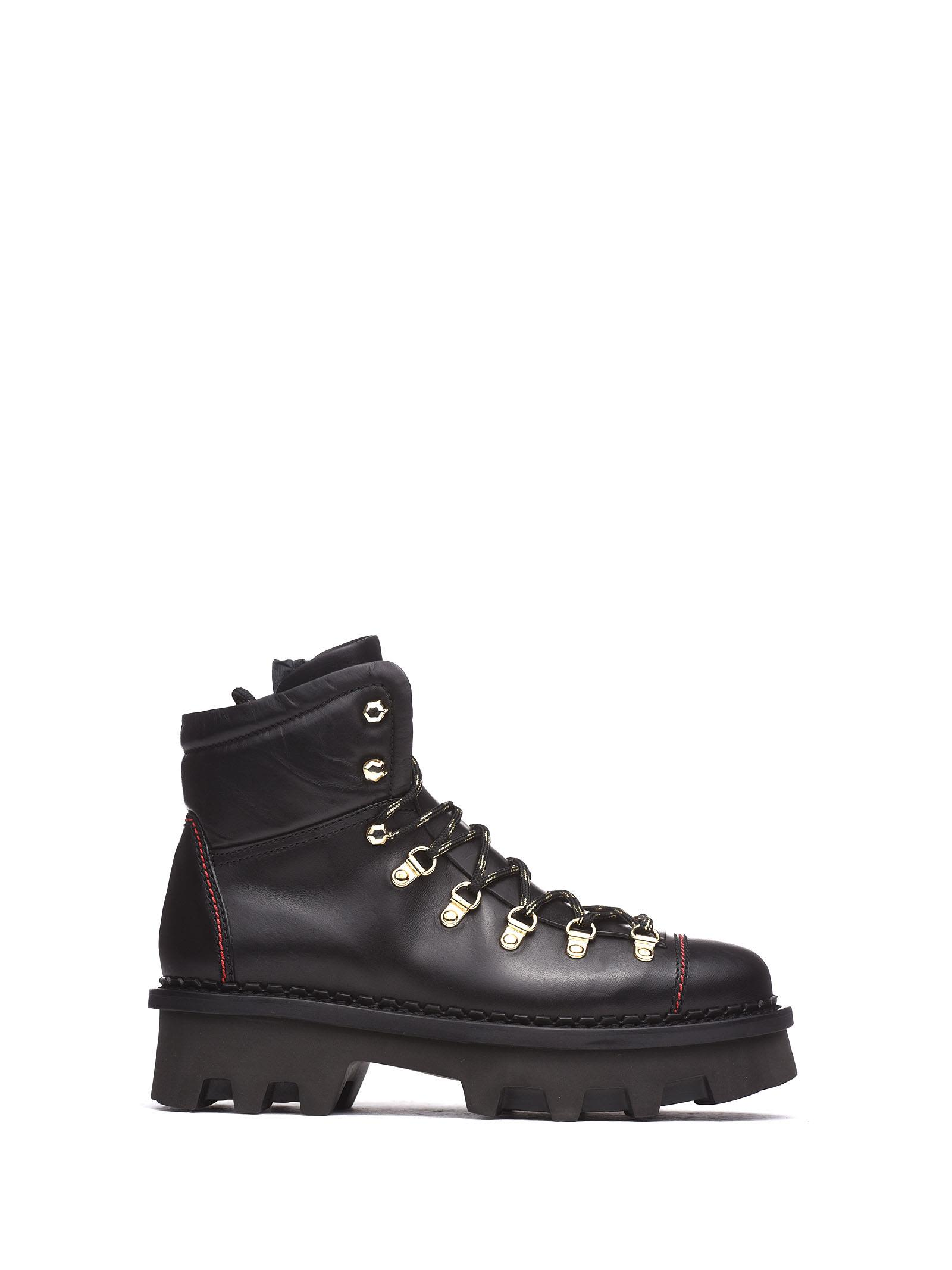 BARRACUDA Ankle Boot With Lug Sole in Nero