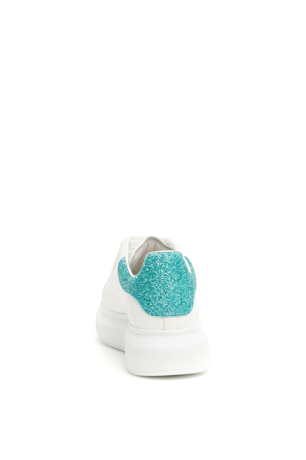 e26c7f6c3d09a8 ... Alexander McQueen Oversized Sneakers - WHITE EAU DN