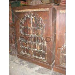 Vintage Indian Sculpted Superb Solid Wooden Teak Almirah