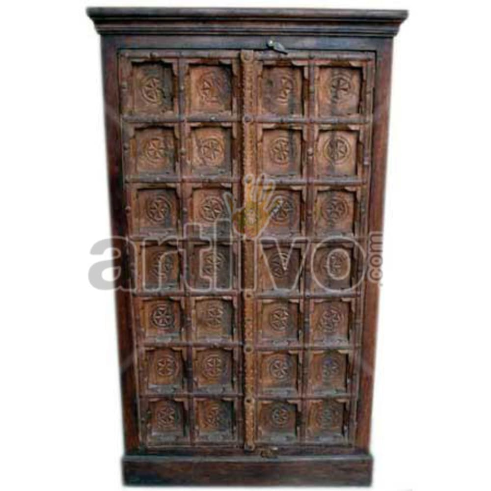Restored Chiselled noble Solid Wooden Teak Almirah