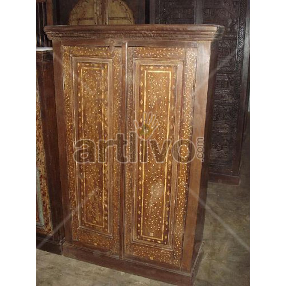 Restored Beautiful Opulent Solid Wooden Teak Almirah