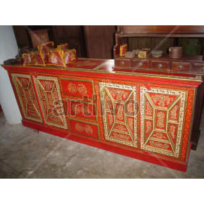 Vintage Indian Carved Marvellous Solid Wooden Teak Sideboard with 3 drawer in middle and 4 door