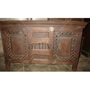 Vintage Indian Chiselled aristocratic Solid Wooden Teak Sideboard with 3 drawer in middle and 2 door
