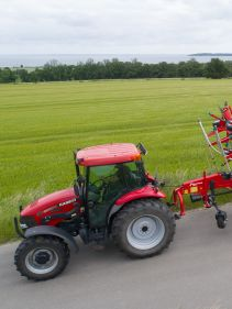 Kverneland 590 C - 85112 C, smart and efficient transportation, compact by tractor