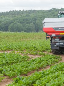 Kverneland Exacta CL geospred, intelligent spreader with GPS for medium size farms