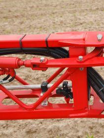 Kverneland Ikarus S, versatile and easy operation, Wheel axle options, Easy Set, iXclean and IsoMatch GEOCONTROL