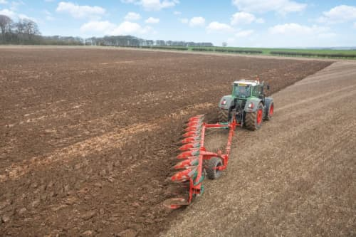Kverneland PN RN easy to adjust and cost efficient ploughing,  semi-mounted reversible plough