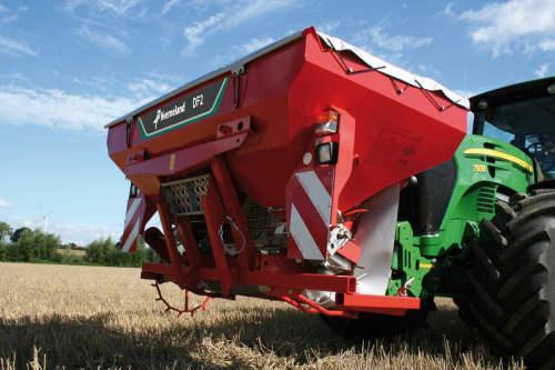 Kverneland DF2 provides balance, seeds and fertilizer at the same time